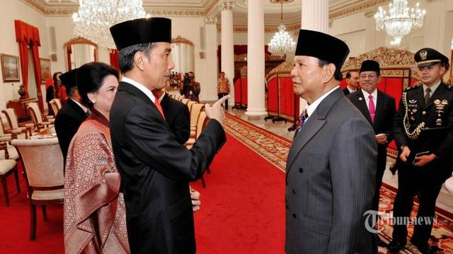 Hasil Survei : Elektabilitas Jokowi Naik, Prabowo Turun, Ternyata Ini Penyebabnya