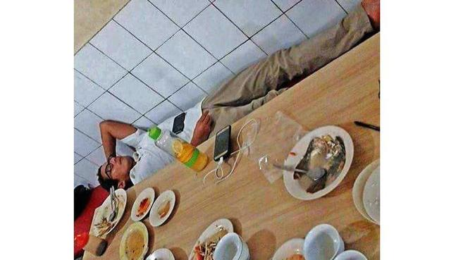 Unggah Foto Sandi Tidur di Warung, Ratna Sarumpaet: Kelelahan Urus Jakarta