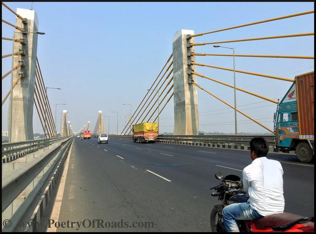 One of the most confidence-inspiring and lengthy bridges on the Golden Quadrilateral, precisely on NH-8, built widely over mighty Narmada River, connecting the city of Surat with Vadodara. As of now, it is the longest extradosed bridge in India