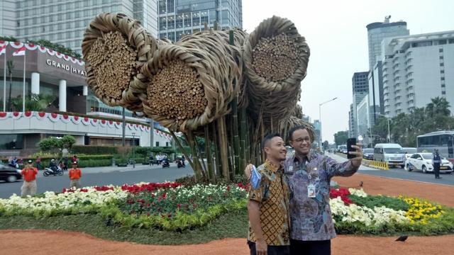 Harga Rp550 Juta, Instalasi Bambu Bundaran HI Tak Bertahan Lama, Anies Malang Bilang Begini