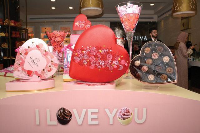 Untuk Pertama Kalinya, Warga Arab Saudi Rayakan Valentine Secara