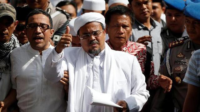 Lewat Telepon Rizieq Shihab Ucapkan Selamat untuk Prabowo